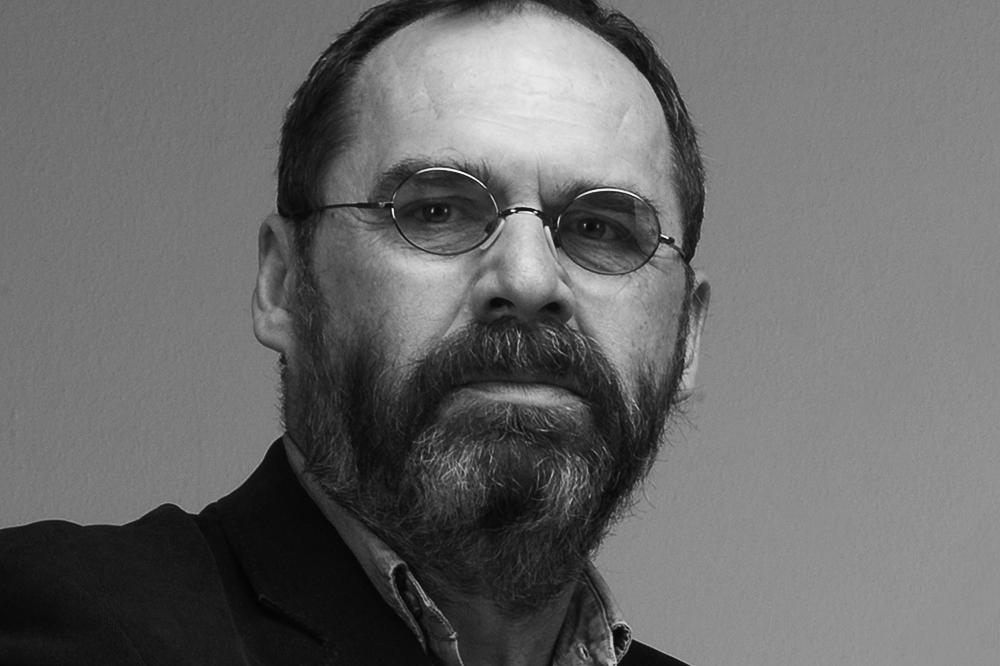 dr akad. soch. Rostislav Illík